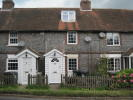 2 bed Cottage in Cousley Wood Road...