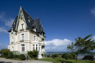 9 bed Detached home in Deauville, Deauville
