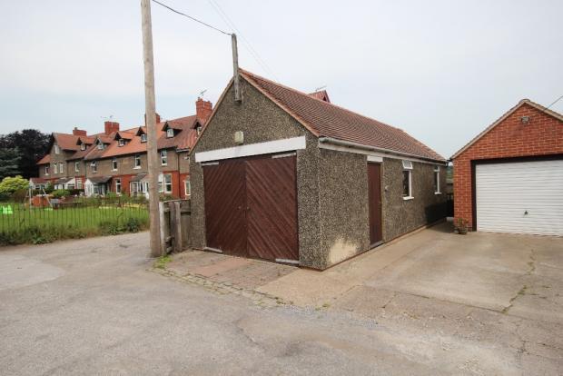 Tandem garage