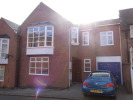 Town House to rent in 6 B Lenton Avenue...