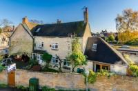 3 bed Terraced house in The Crofts, Witney...