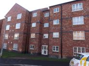 Flat to rent in Thomas Brassey Close