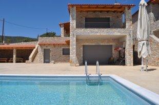 Semi-detached Villa for sale in Peloponnese, Argolis...