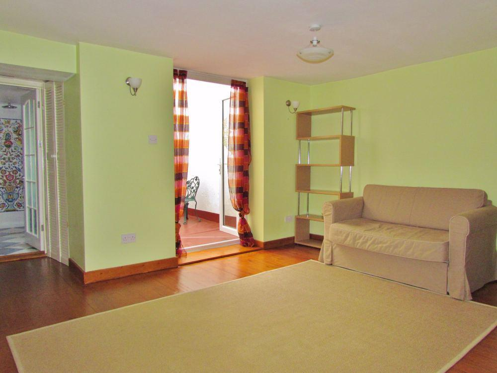1 Bedroom Flat To Rent In Dorset Gardens Brighton East Sussex Bn2