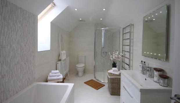 First Flr Bathroom