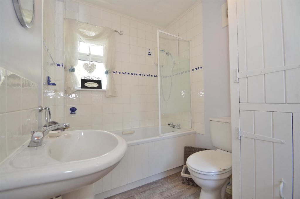 # Ground Floor Bathr