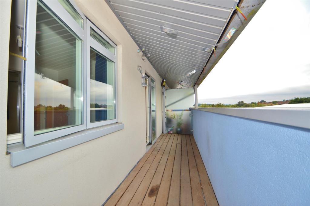 # Private Balcony.JP