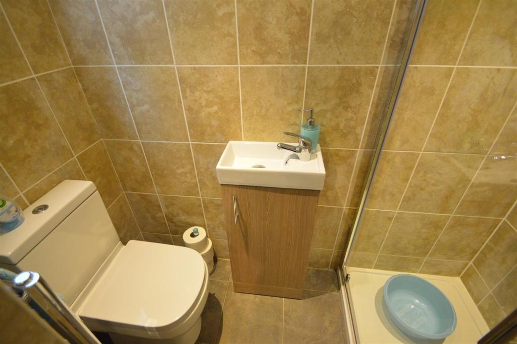 # Shower Room.JPG