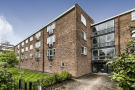 Carrick Court Flat for sale