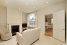 Town House to rent in Courtenay Square, SE11
