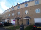 Town House to rent in Georges Drive...
