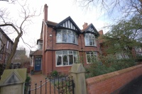 7 bedroom Detached house to rent in Clothorn Road, Didsbury...