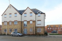2 bed Flat in Abelyn Avenue...