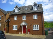5 bedroom Terraced house in Premier Way...