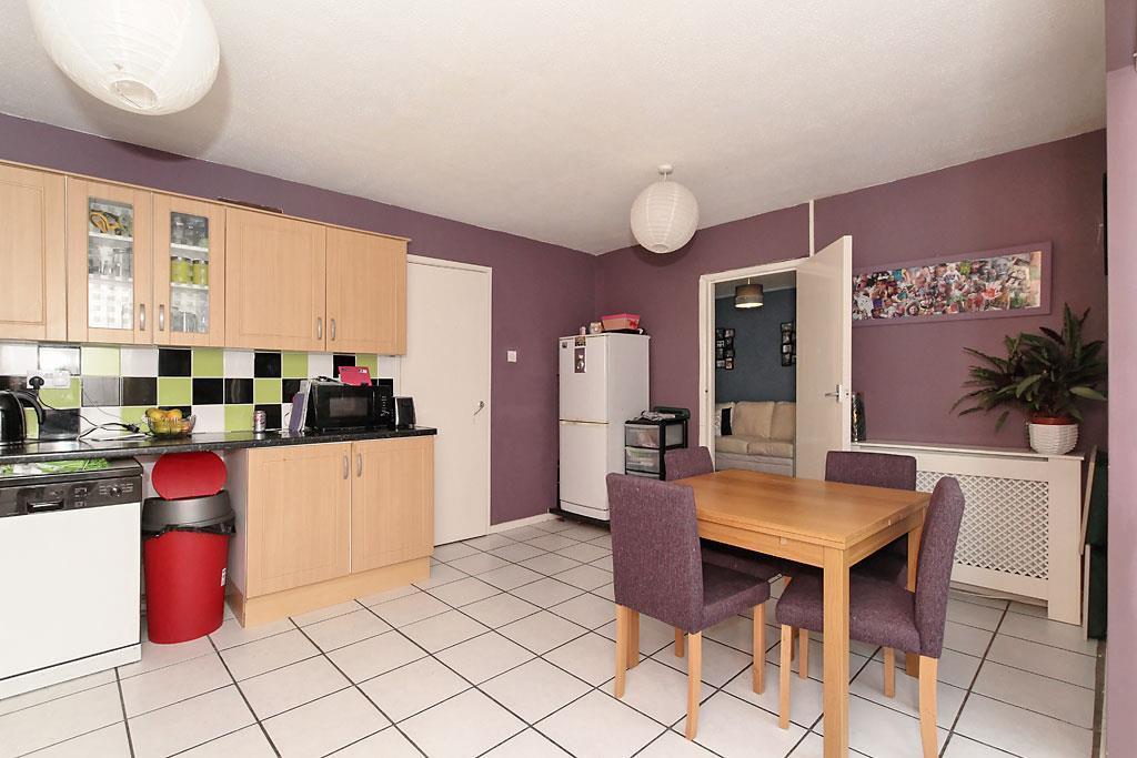 Mon-Kitchen_2.jpg