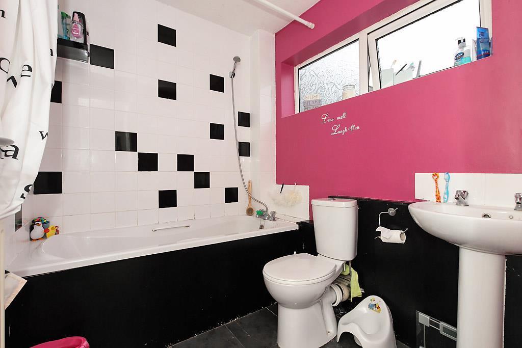 Mon-Bath.jpg