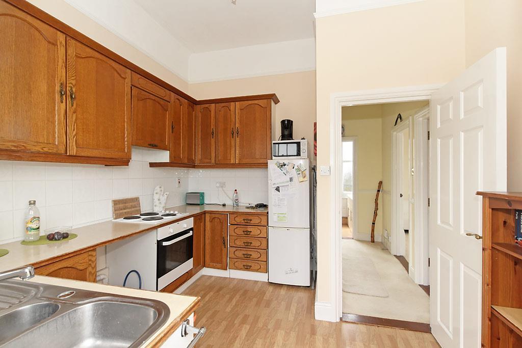 White-Kitchen_2.jpg