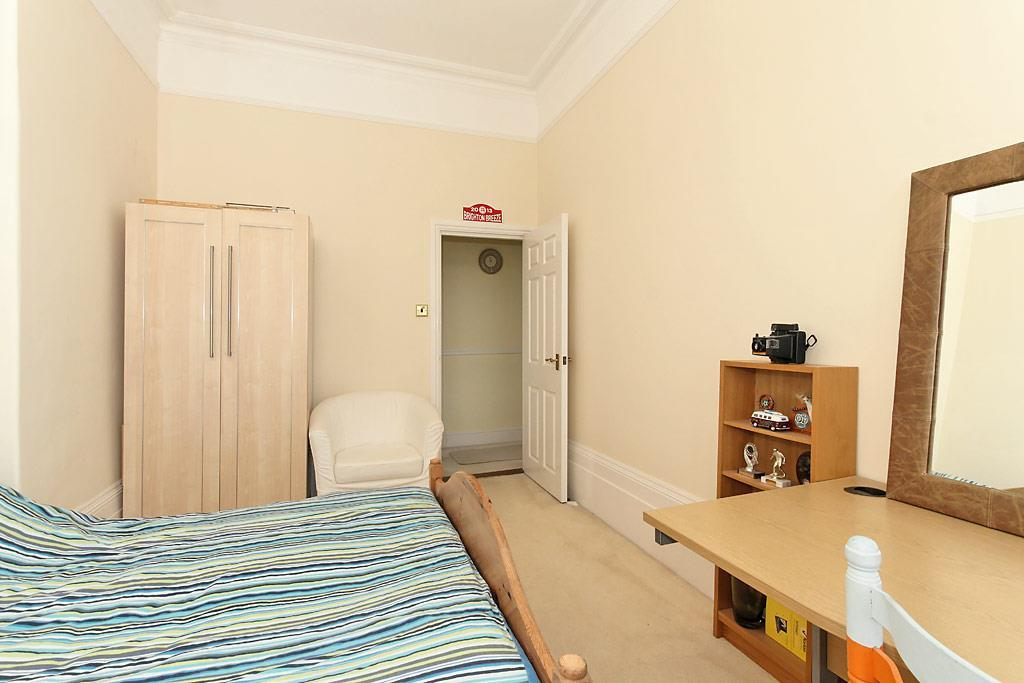 White-Bed-One_2.jpg