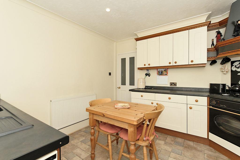 Win-Kitchen_2.jpg
