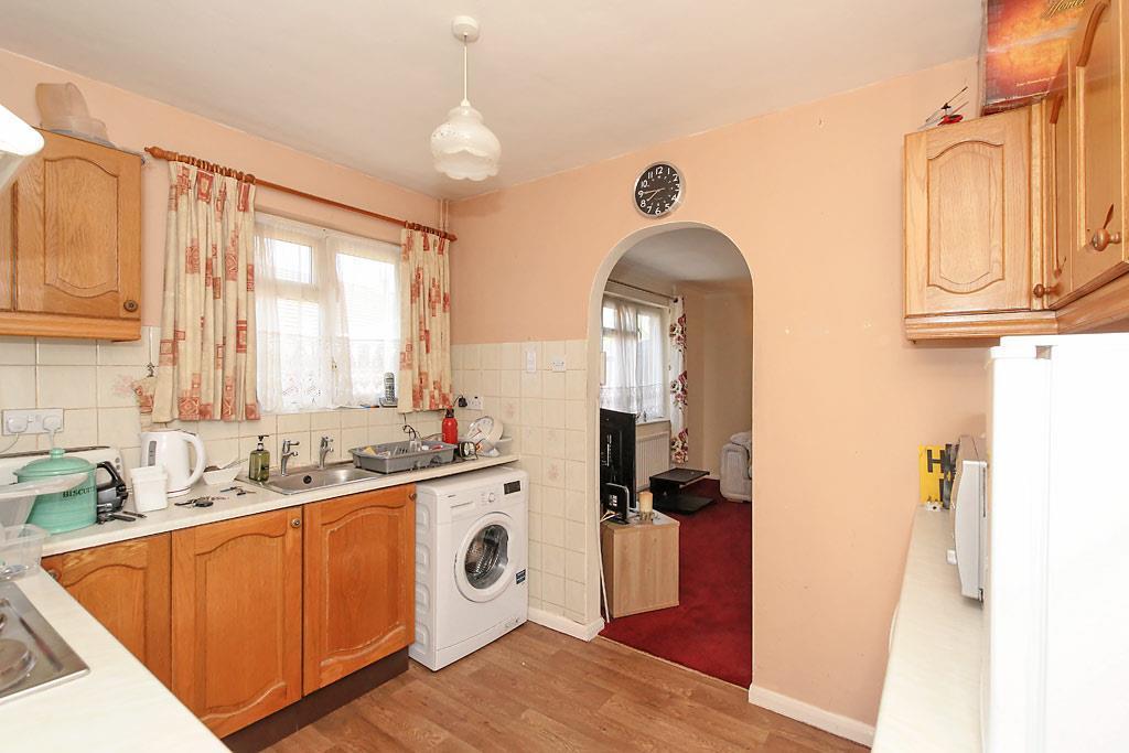 Midd-Kitchen_2.jpg