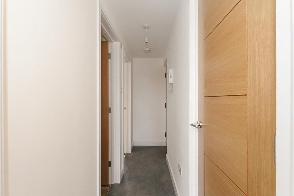 Flat-Four-Hall_1.jpg