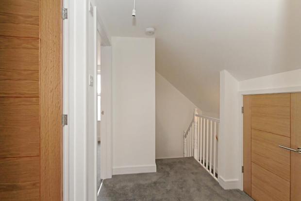 Flat-5-Hall.jpg