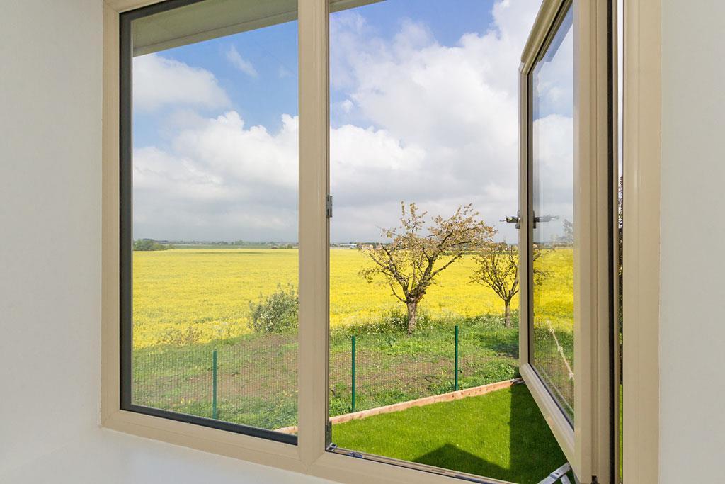 Plot-5-Window-View.j