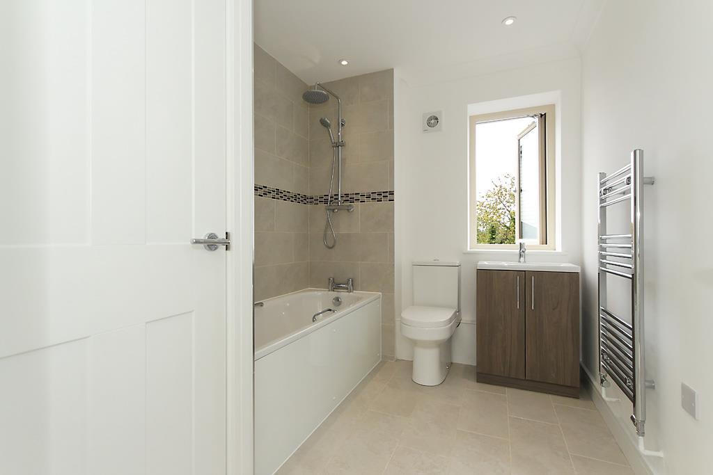 Plot-5-Bath.jpg