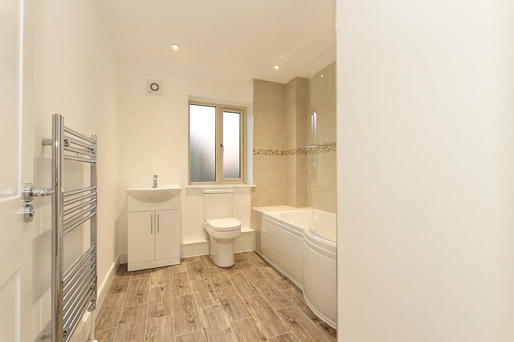 Plot-8-Bathroom.jpg