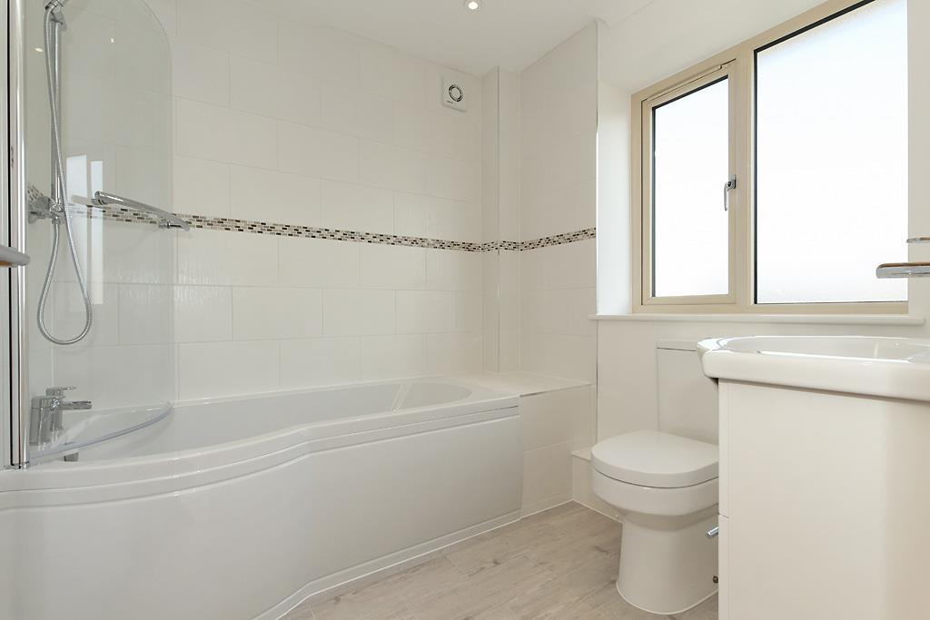 Plot-4-Bathroom.jpg