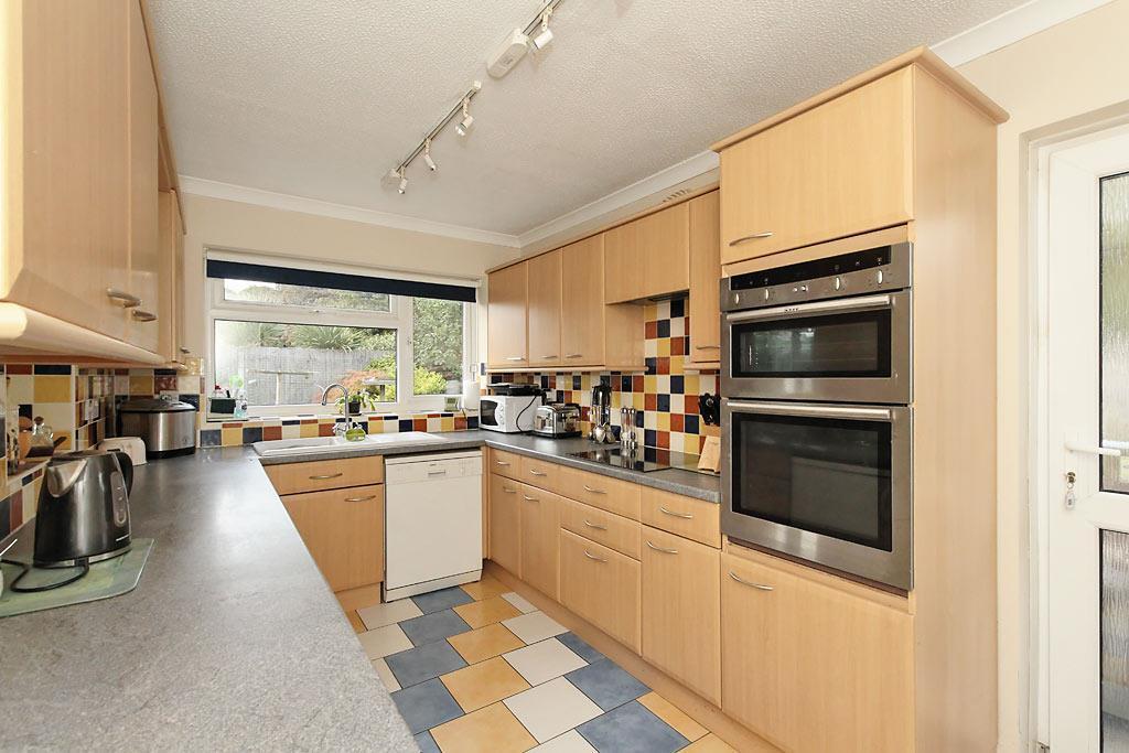 Brit-Kitchen_1.jpg