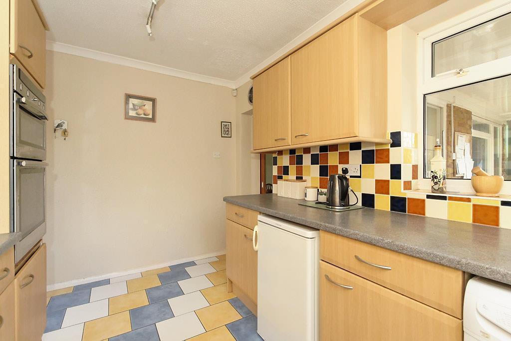 Brit-Kitchen_2.jpg