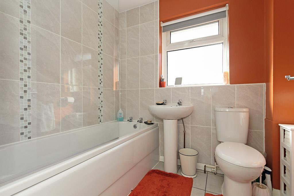 Brit-Bath.jpg