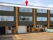 Town House for sale in West Byfleet, Surrey