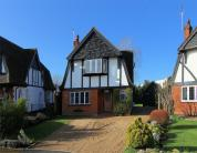 3 bed Detached home in The Close, West Byfleet...
