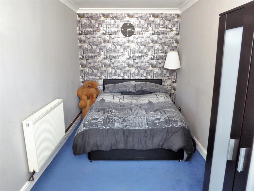 Reception 2/Bedroom 5