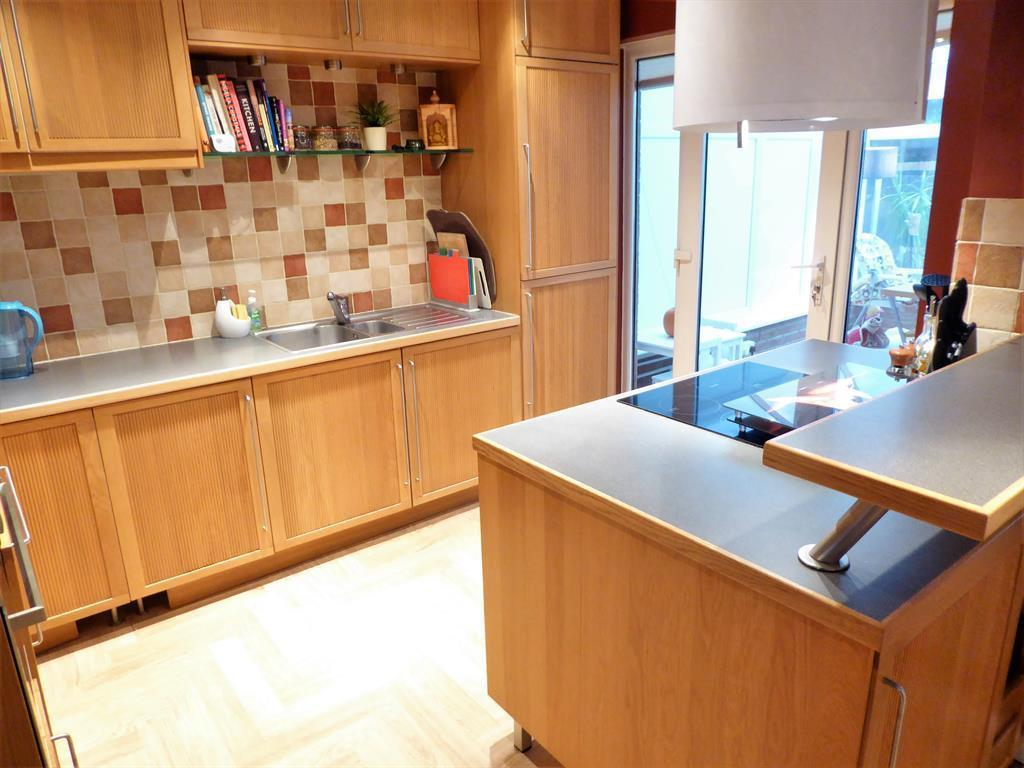Kitchen/Breakfast Room View 2