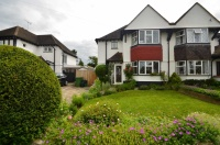 3 bedroom semi detached property for sale in Priory Avenue...