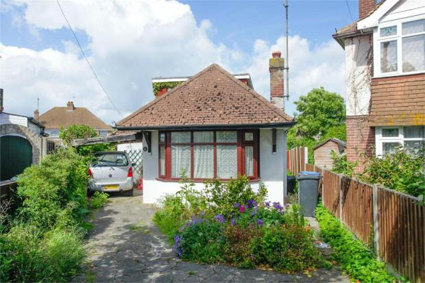 3 bedroom detached bungalow for sale in holbrook drive ramsgate ct12