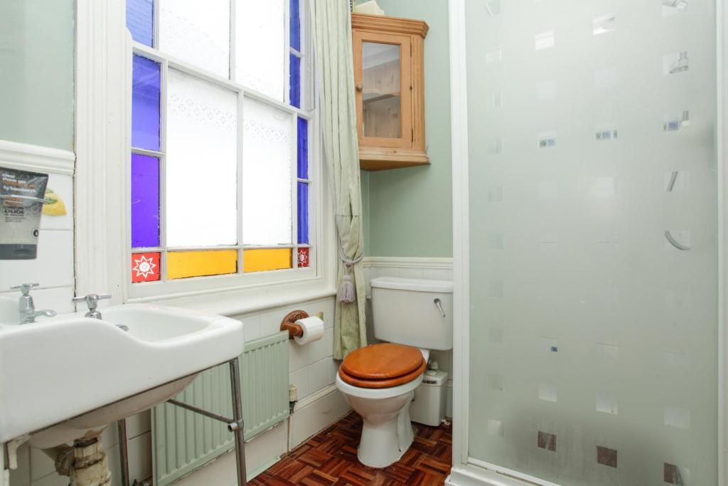 104 Monkton House, S