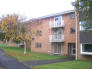2 bed Flat to rent in Beverley Court...
