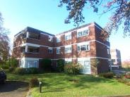 2 bed Flat to rent in Hipley Court...
