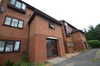 1 bed Flat in Quincy Road, Egham, TW20
