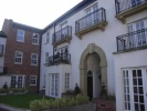 2 bedroom Flat in Royles Square...