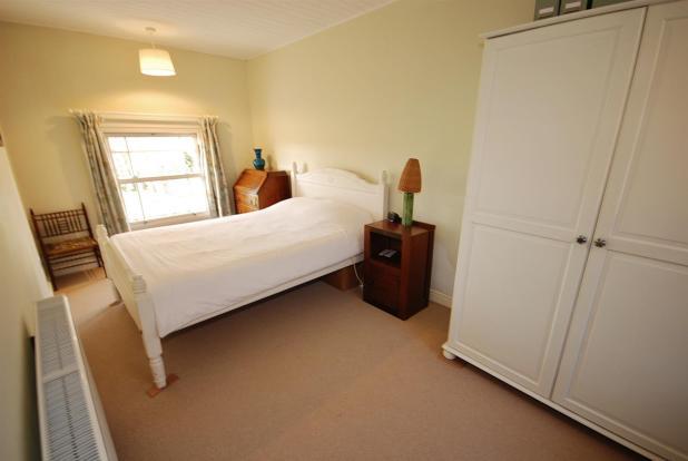 a bed 5.jpg