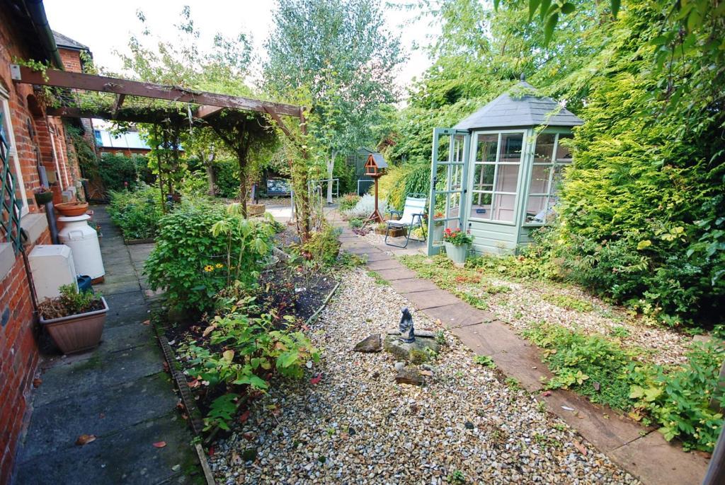 a garden 2.jpg