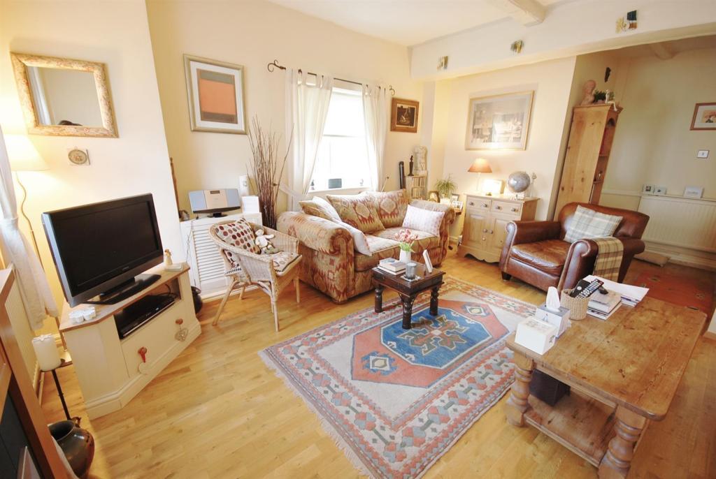 a lounge.jpg