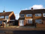 3 bedroom semi detached house in East Dunstable