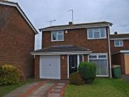 4 bedroom Detached house in Priory Area