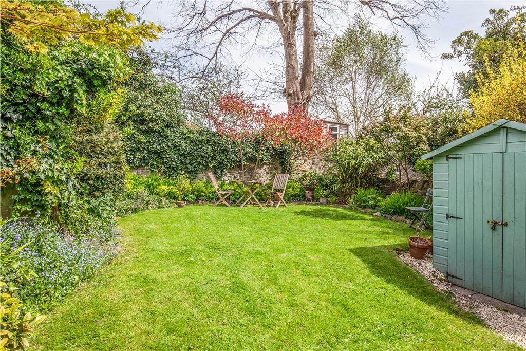 Communal rear garden